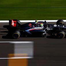 Esteban Gutiérrez sufre un fallo técnico en los L3