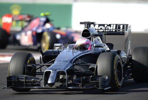 Jenson Button termina a las puertas del podio