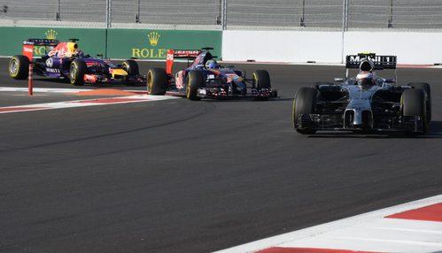 Kevin Magnussen adelantando hasta terminar en 5ª posición