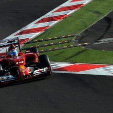 Fernando Alonso durante el GP de Rusia