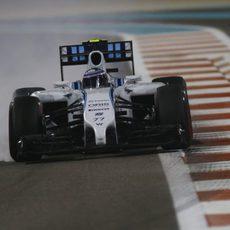 Valtteri Bottas ha perdido una parte de su chasis en los FP1