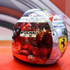El casco de Fernando Alonso para el GP de Abu Dabi (2)