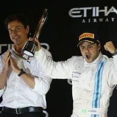Felipe Massa pletórico en el podio