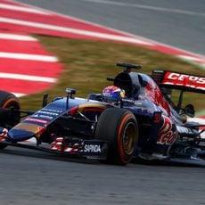 Max Verstappen sigue preparándose para su primer año en la F1