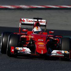 Sebastian Vettel continua rodando con el SF15-T