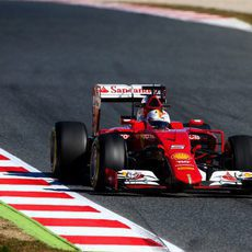 Sebastian Vettel exprime el SF15-T