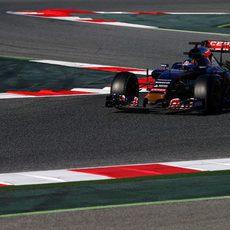 Carlos Sainz encuentra el ritmo con el STR10