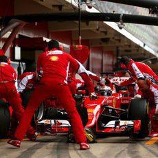 Cambio de gomas realizado para Kimi Räikkönen