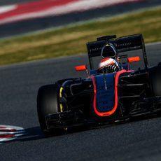 Jenson Button encuentra el ritmo con los neumáticos blandos