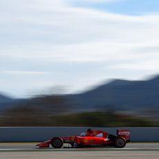 Sebastian Vettel rueda con el neumático duro