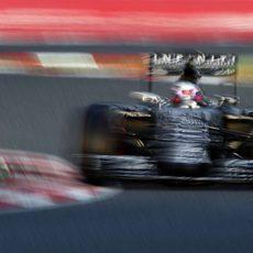 Daniel Ricciardo va a máxima velocidad