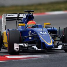 Marcus Ericsson exprime su Sauber con el neumático superblando
