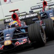 Sebastien Bourdais y Sebastian Vettel
