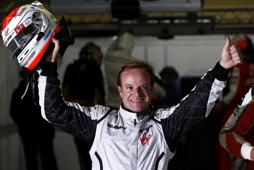 Barrichello logra la pole