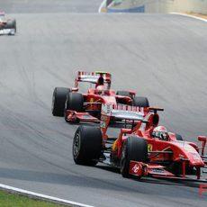 Fisichella por delante de Raikkonen