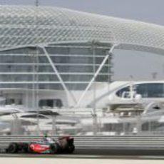 Kovalainen en Abu Dhabi
