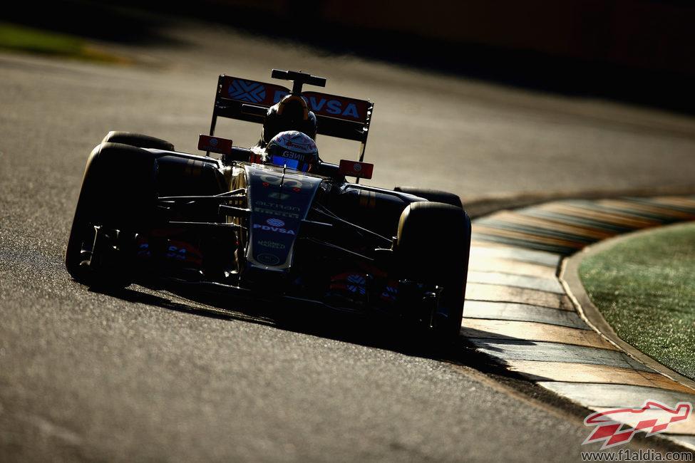 Romain Grosjean se perdió parte de la primera sesión