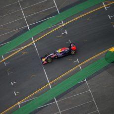 El RB11 de Daniel Ricciardo avanza en la Q3