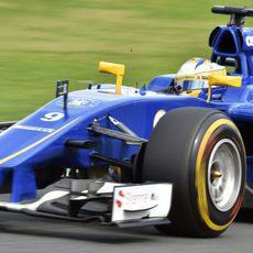 Marcus Ericsson se vio superado por su compañero