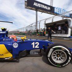 Felipe Nasr sale de boxes para afrontar la segunda ronda clasificatoria