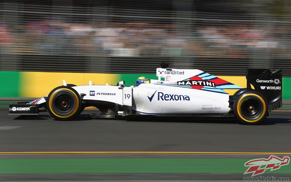 Felipe Massa rueda a buen ritmo