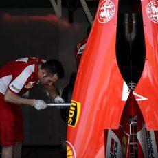 Trabajo en el box de Ferrari