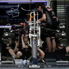 El Red Bull de Daniil Kvyat desmontado