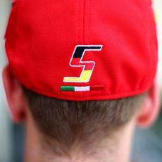 La gorra de Sebastian Vettel