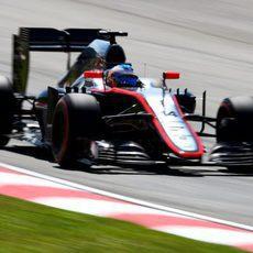 Fernando Alonso vuelve a pilotar tras su accidente