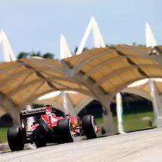 Kimi Räikkönen supera con éxito los entrenamientos