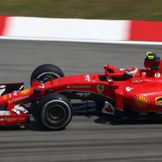 Kimi Räikkönen acabó por delante de su compañero