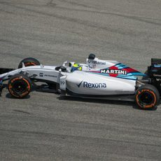 El FW37 de Felipe Massa rueda en Sepang