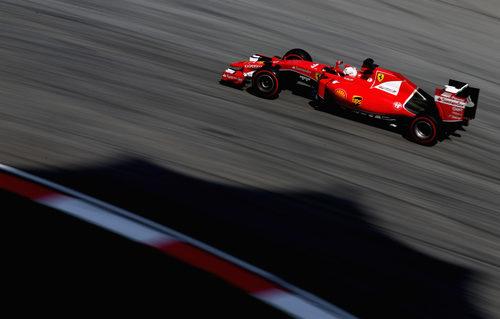 Sebastian Vettel empujó demasiado el viernes