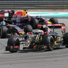 Romain Grosjean intenta mantener el pulso para llegar al top ten