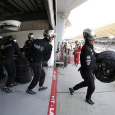 Los mecánicos de McLaren no tuvieron que hacer muchas paradas