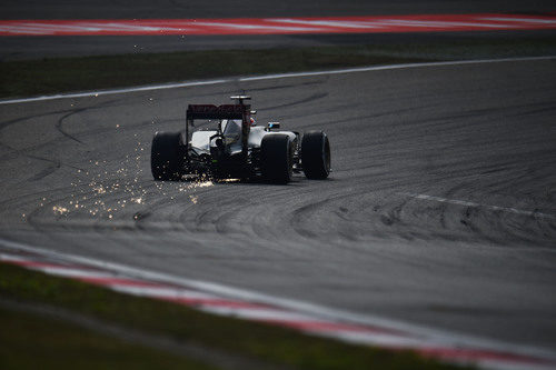 Romain Grosjean durante la clasificación del GP de China 2015