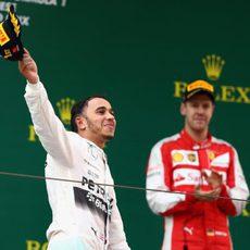 Hamilton, contento tras la carrera en China