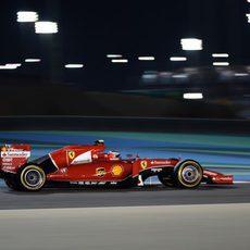 Kimi Räikkönen exprime el neumático blando