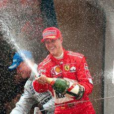 Michael Schumacher gana en 2002