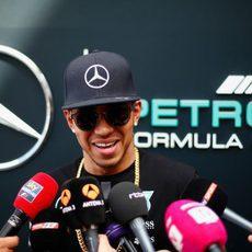 Lewis Hamilton llega líder del Mundial al GP de España 2015