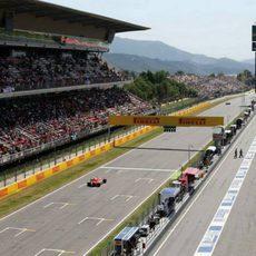 Roberto Merhi corre ante su público en Barcelona