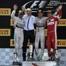 Los tres hombres del podio del GP de España 2015 posan sonrientes