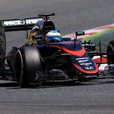 Fernando Alonso con problemas de frenos