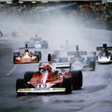 1975: Lauda en cabeza