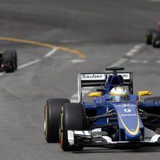 Marcus Ericsson rueda en los libres