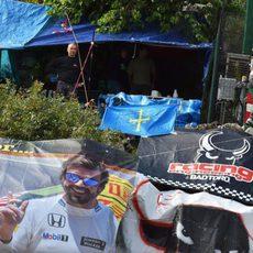 Apoyo a Fernando Alonso en las gradas