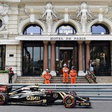Pastor Maldonado llega a la Q3 del GP de Mónaco 2015