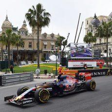 Max Verstappen partirá desde la 9ª posición