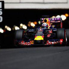 Daniel Ricciardo sale del túnel de Mónaco