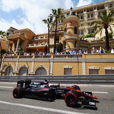 Jenson Button termina con 4 puntos